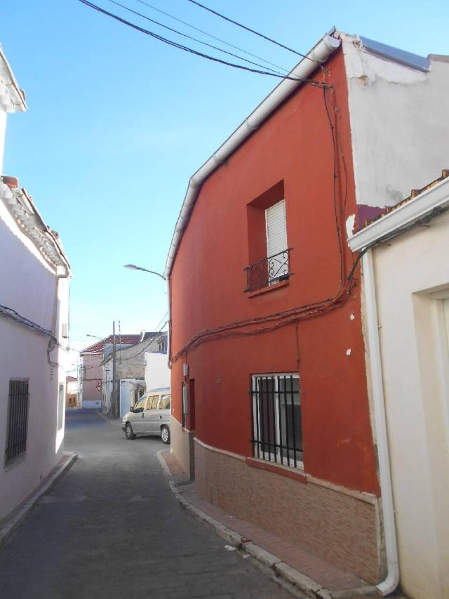 Casa en venta en Tarancón, Cuenca, Calle Cedazo, 41.300 €, 4 habitaciones, 1 baño, 134 m2