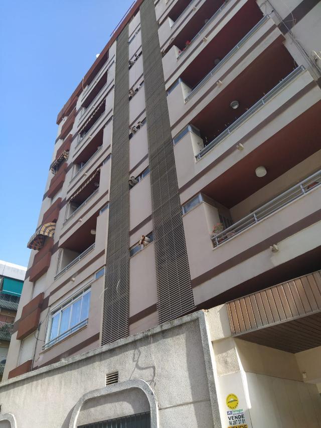 Piso en venta en Gandia, Valencia, Calle Plus Ultra, 53.417 €, 1 habitación, 1 baño, 96 m2