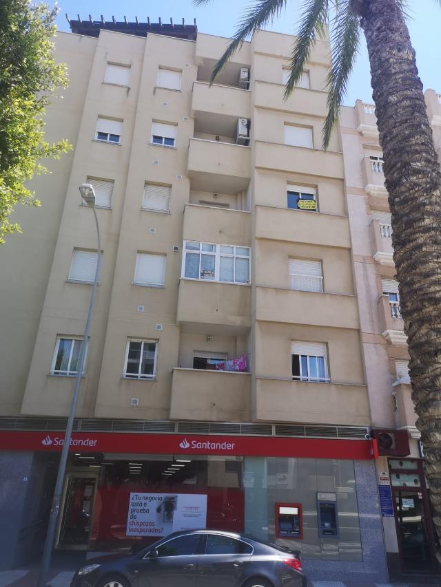 Piso en venta en Los Depósitos, Roquetas de Mar, Almería, Calle Diana, 108.000 €, 1 baño, 112 m2
