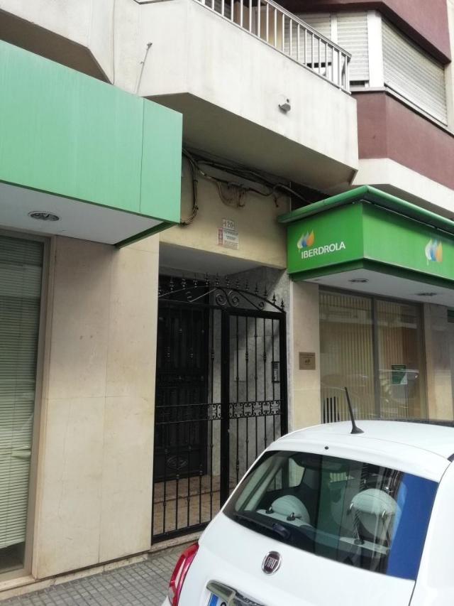 Piso en venta en Gandia, Valencia, Calle Ferrocarril de Alcoy, 61.489 €, 3 habitaciones, 1 baño, 108 m2