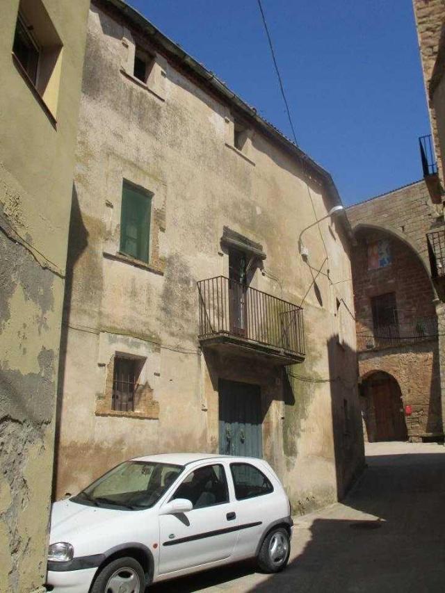 Casa en venta en Era del Perico, Els Plans de Sió, Lleida, Plaza de la Iglesia, 110.000 €, 3 habitaciones, 3 baños, 810 m2