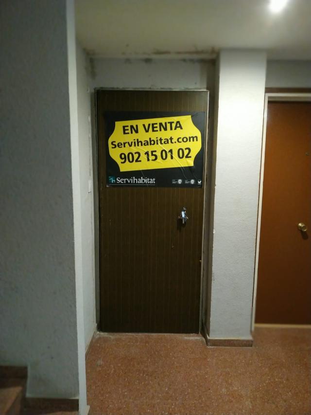 Piso en venta en Salt, Girona, Calle Abat Oliva, 65.000 €, 1 baño, 73 m2