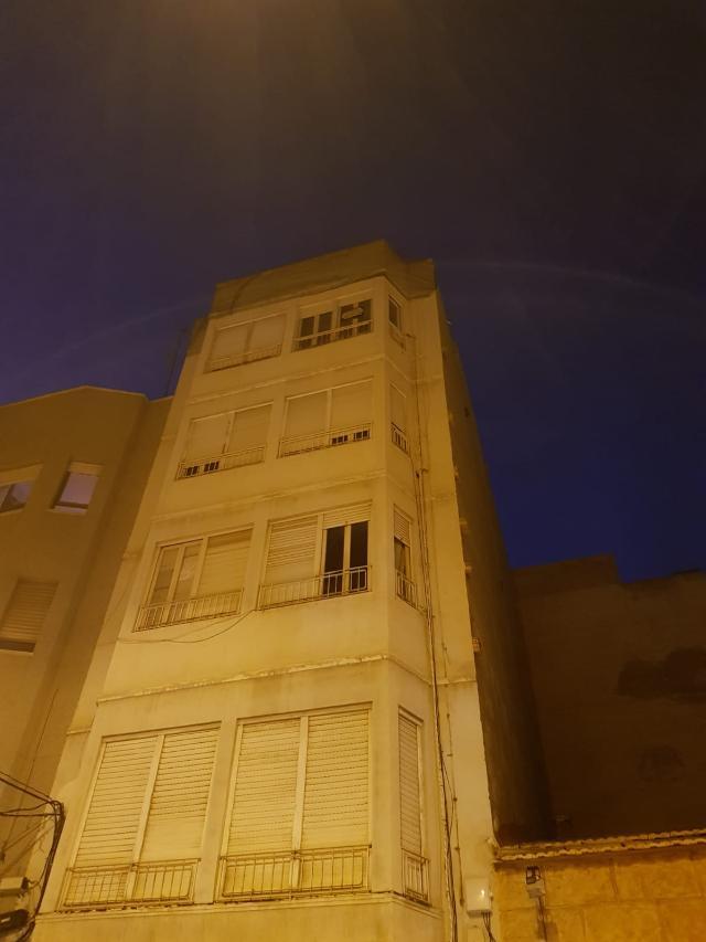 Piso en venta en Elche/elx, Alicante, Calle Miguel de Unamuno, 41.500 €, 3 habitaciones, 1 baño, 85 m2