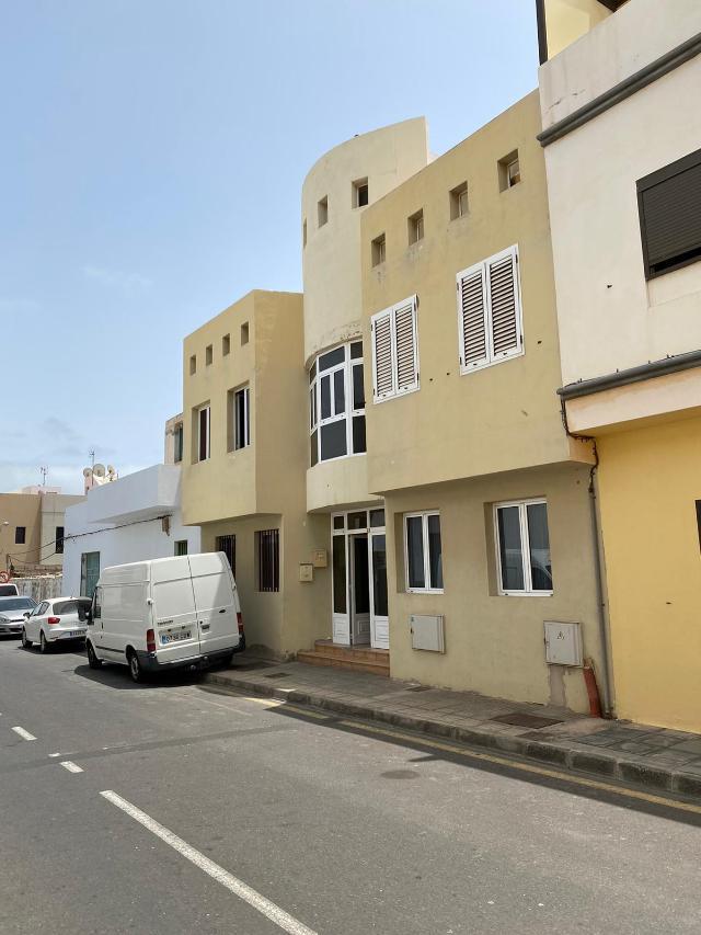 Piso en venta en Arrecife, Las Palmas, Calle Regulo, 84.200 €, 2 habitaciones, 1 baño, 72 m2