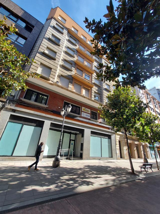 Local en venta en Ponferrada, León, Calle España, 575.000 €, 427 m2