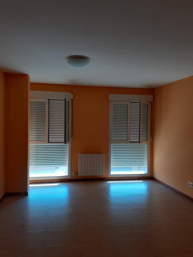 Piso en venta en Esquibien, Cintruénigo, Navarra, Calle General Zumalacarregui, 109.600 €, 3 habitaciones, 1 baño, 90 m2