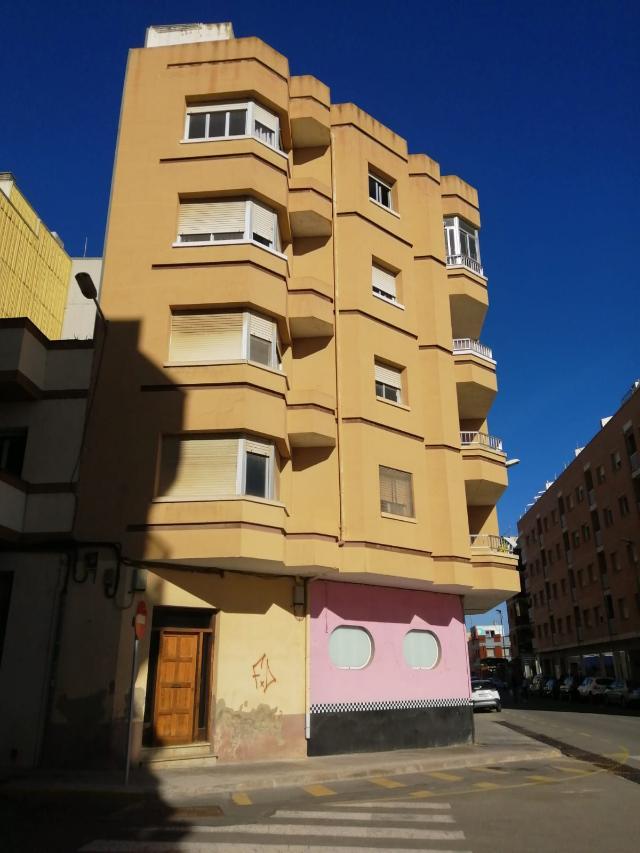 Piso en venta en Amposta, Tarragona, Calle Burgos, 36.300 €, 4 habitaciones, 1 baño, 94 m2
