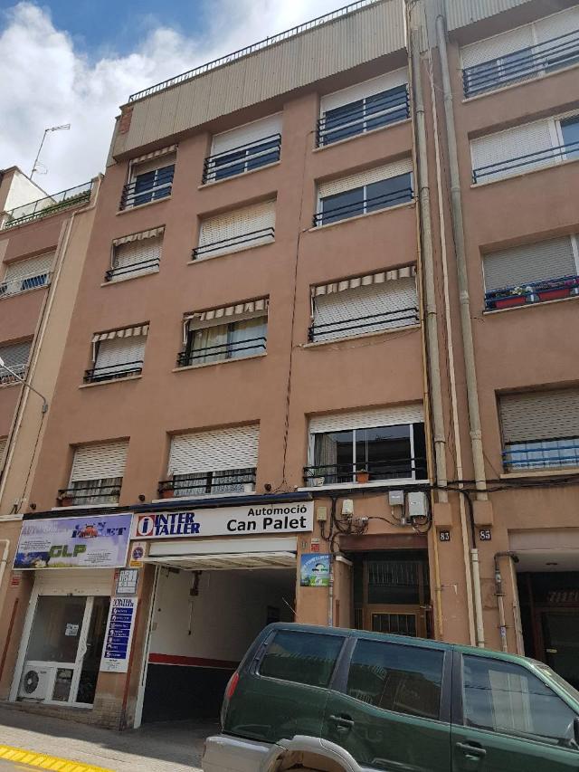 Piso en venta en Guadalhorce, Terrassa, Barcelona, Calle Germa Joaquim, Del, 119.000 €, 4 habitaciones, 1 baño, 97 m2