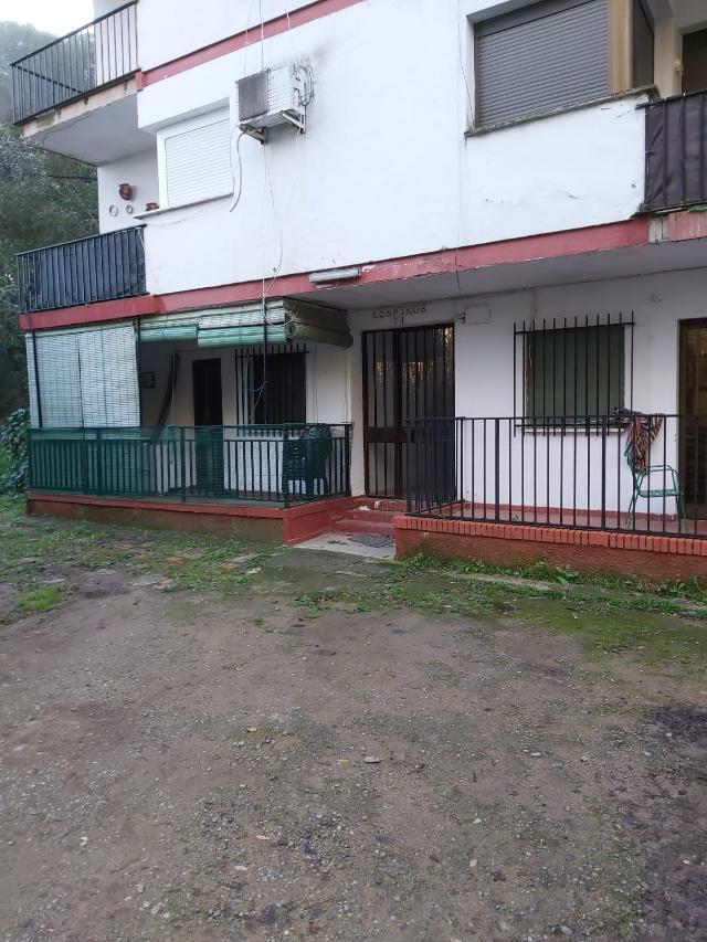 Piso en venta en Espiel, Espiel, Córdoba, Urbanización Fuente Agria Edf, la Acacias 1, 37.000 €, 2 habitaciones, 1 baño, 76 m2