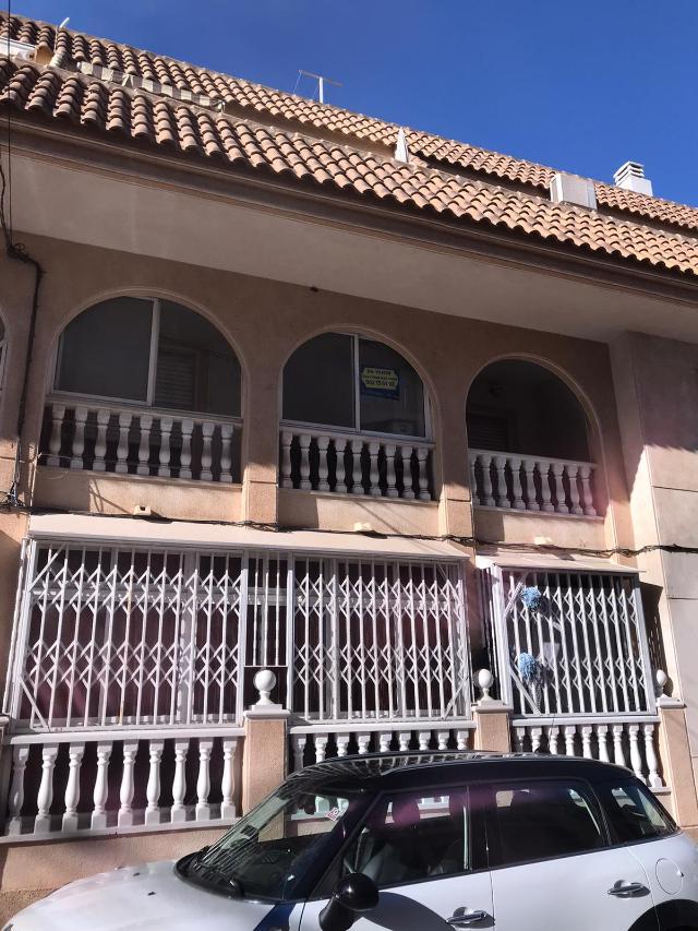 Piso en venta en La Mata, Torrevieja, Alicante, Avenida Diego Ramirez Pastor, 57.000 €, 2 habitaciones, 1 baño, 54 m2