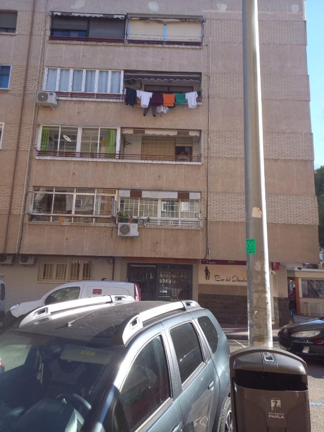 Piso en venta en La Laguna, Parla, Madrid, Calle Zamora, 115.000 €, 3 habitaciones, 1 baño, 90 m2