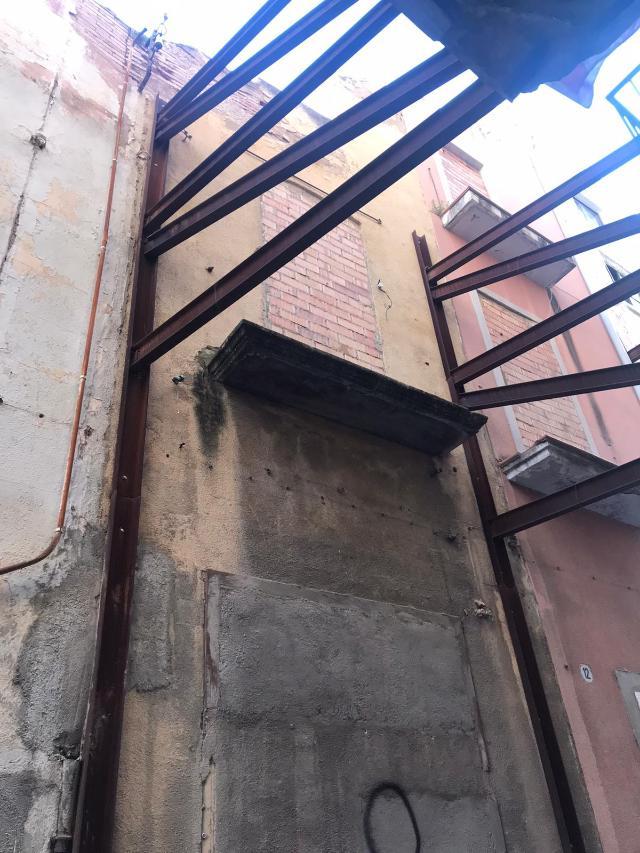 Casa en venta en Picamoixons, Valls, Tarragona, Calle Sant Antoni, 42.000 €, 4 habitaciones, 1 baño, 165 m2