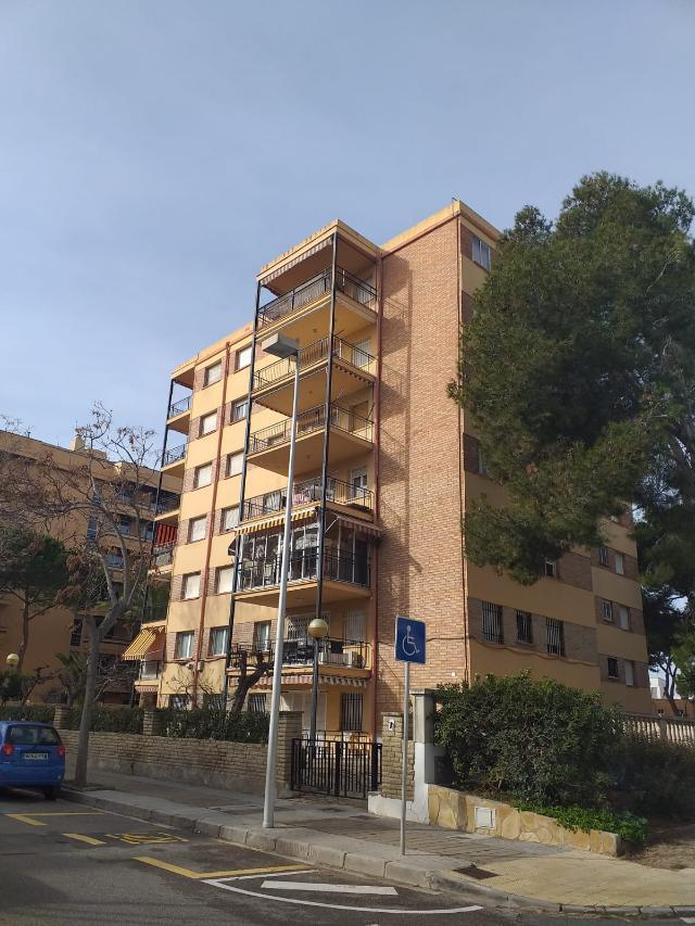 Piso en venta en Cap Salou, Salou, Tarragona, Calle Vendrell, 115.000 €, 3 habitaciones, 1 baño, 90 m2