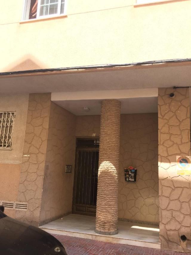 Piso en venta en Torrevieja, Alicante, Calle Mar Báltico, 52.000 €, 2 habitaciones, 1 baño, 55 m2