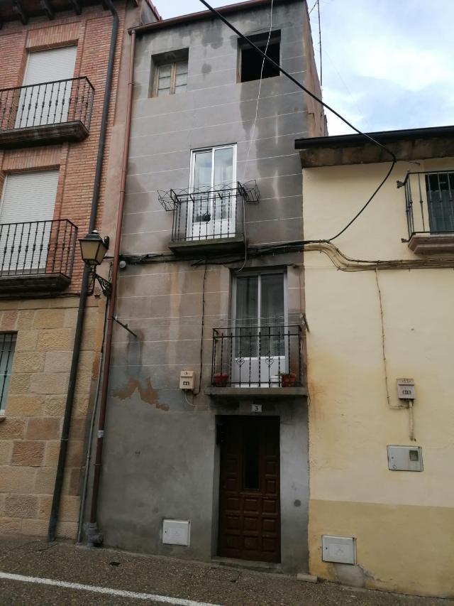 Casa en venta en Viana, Navarra, Calle Parra, 45.000 €, 3 habitaciones, 1 baño, 109 m2