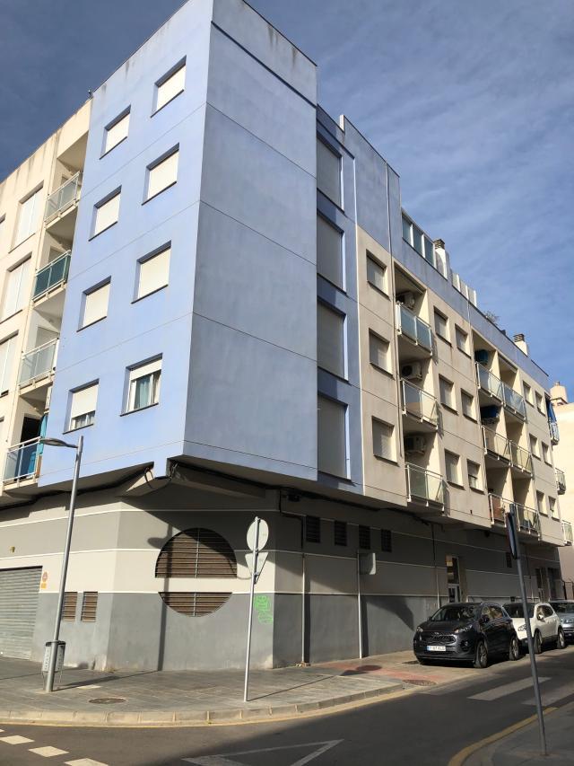 Piso en venta en Benicarló, Castellón, Calle Grau Del, 85.000 €, 3 habitaciones, 2 baños, 100 m2