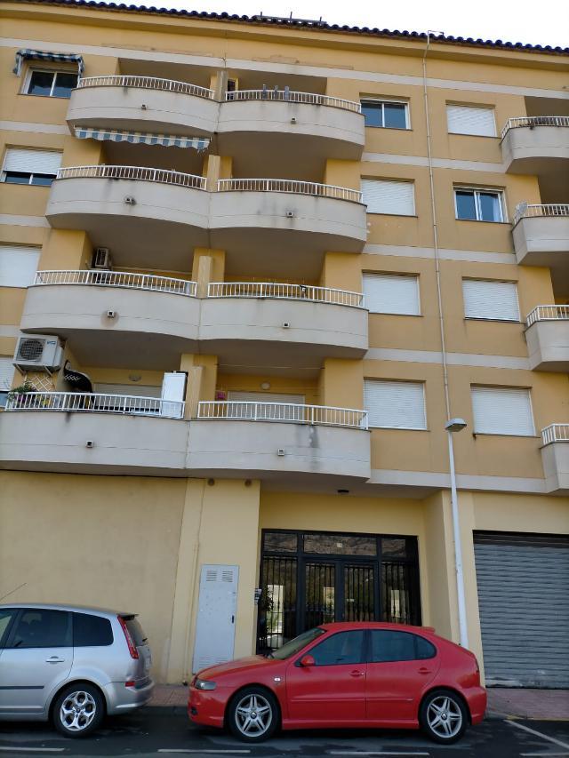 Piso en venta en Oropesa del Mar/orpesa, Castellón, Calle Torreblanca, 59.000 €, 2 habitaciones, 2 baños, 84 m2