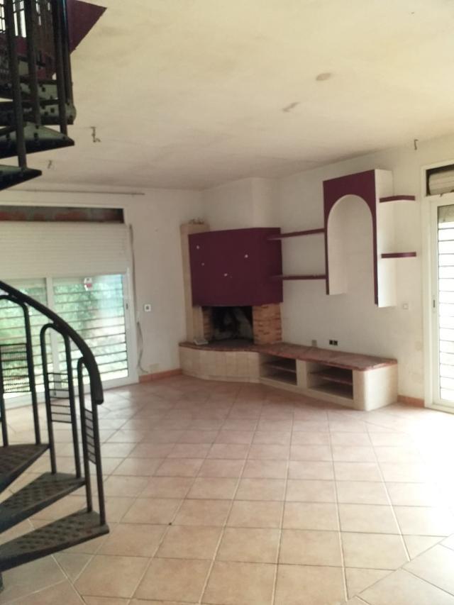 Casa en venta en Maçanet de la Selva, Girona, Calle Font, 135.000 €, 3 habitaciones, 1 baño, 131 m2