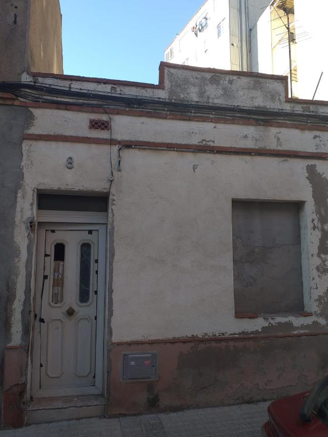 Piso en venta en Manresa, Barcelona, Calle Sant Llatzer, 62.000 €, 54 m2