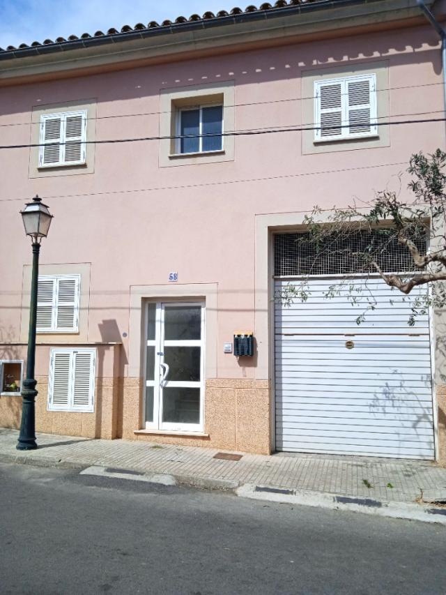 Piso en venta en Maria de la Salut, Baleares, Calle Ses Venes, 152.000 €, 3 habitaciones, 3 baños, 114 m2