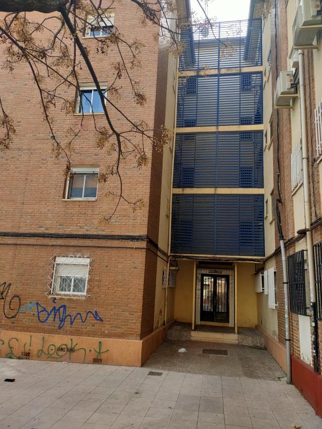 Piso en venta en Villaverde, Madrid, Madrid, Calle Moncada, 63.000 €, 3 habitaciones, 1 baño, 65 m2