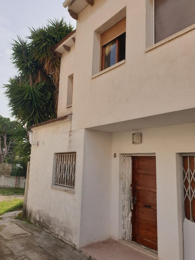 Casa en venta en Els Masos, El Vendrell, Tarragona, Calle Anselm Clave, 110.836 €, 3 habitaciones, 1 baño, 94 m2