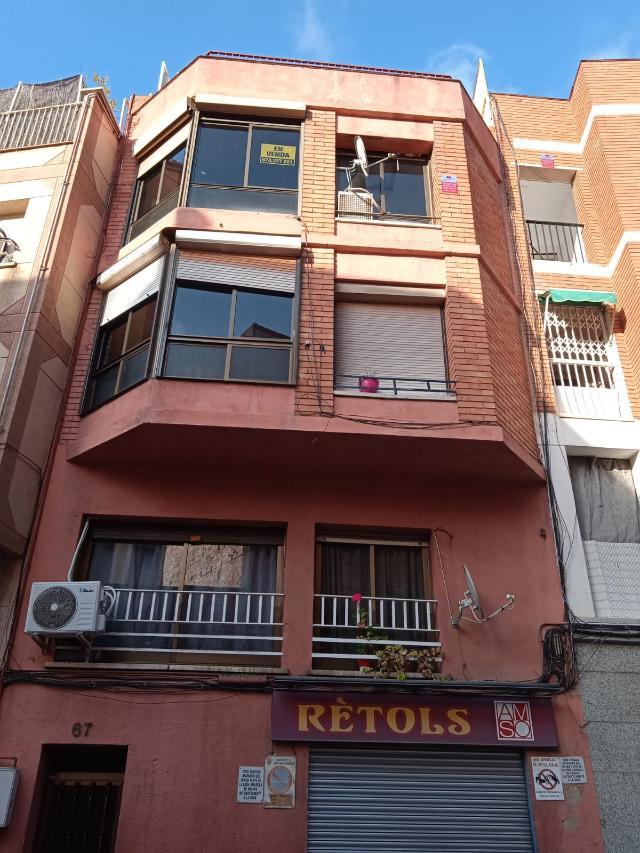 Piso en venta en Santa Coloma de Gramenet, Barcelona, Calle Dr Pages, 82.500 €, 3 habitaciones, 1 baño, 56 m2