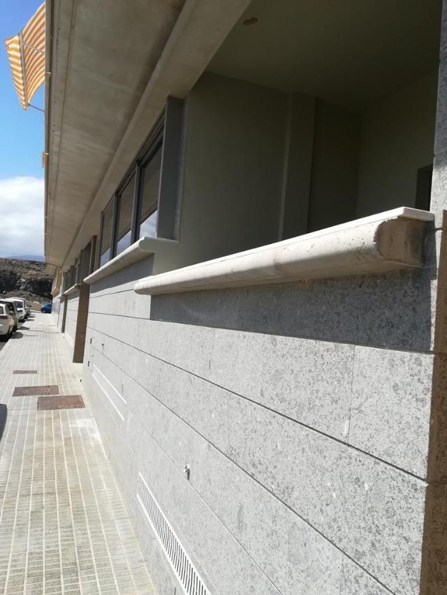 Piso en venta en El Médano, Santa Cruz de Tenerife, Santa Cruz de Tenerife, Calle Suecia, 155.000 €, 1 baño, 92 m2