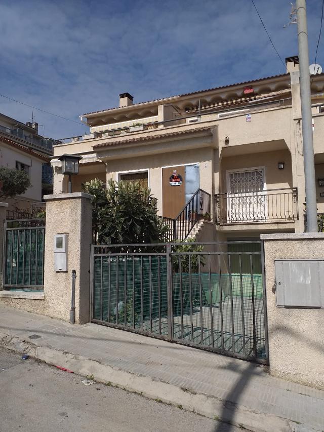 Casa en venta en Sant Miquel, Calafell, Tarragona, Calle San Rafael, 172.000 €, 152 m2