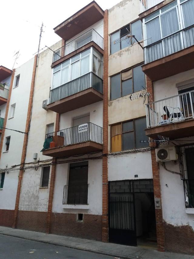 Piso en venta en Grupo Corell, Almazora/almassora, Castellón, Calle Ronda Constitucion Española, 20.000 €, 2 baños, 65 m2