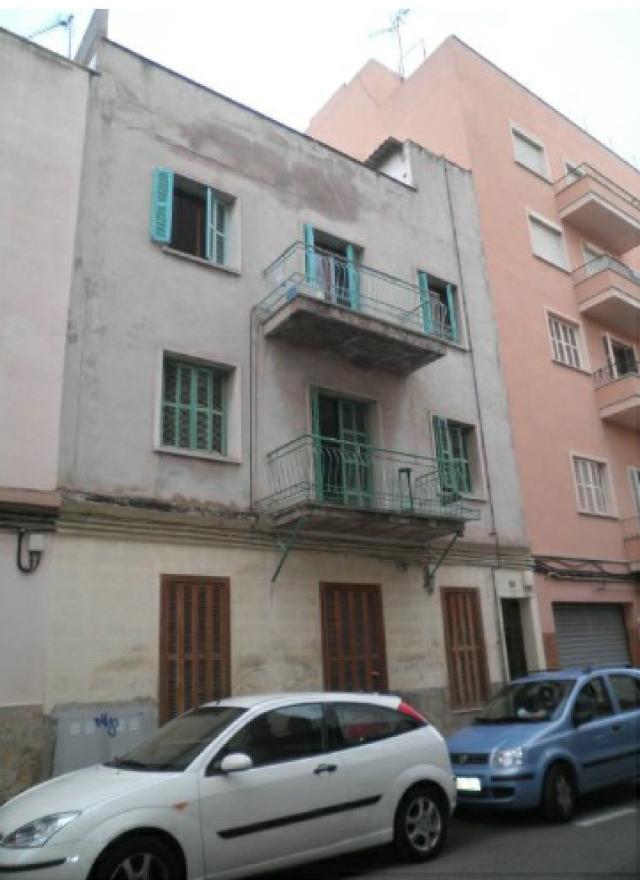 Piso en venta en Palma de Mallorca, Baleares, Calle Joan Burgues Zaforteza, 115.000 €, 3 habitaciones, 1 baño, 107 m2