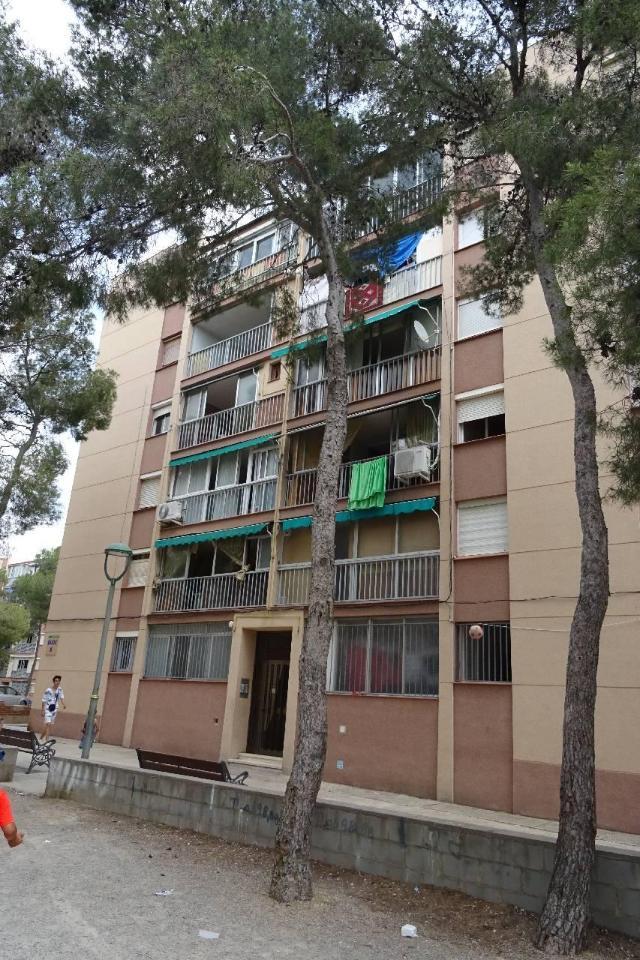 Piso en venta en Sant Salvador, Tarragona, Tarragona, Calle Arquitecte Jujol, 37.438 €, 3 habitaciones, 1 baño, 67 m2