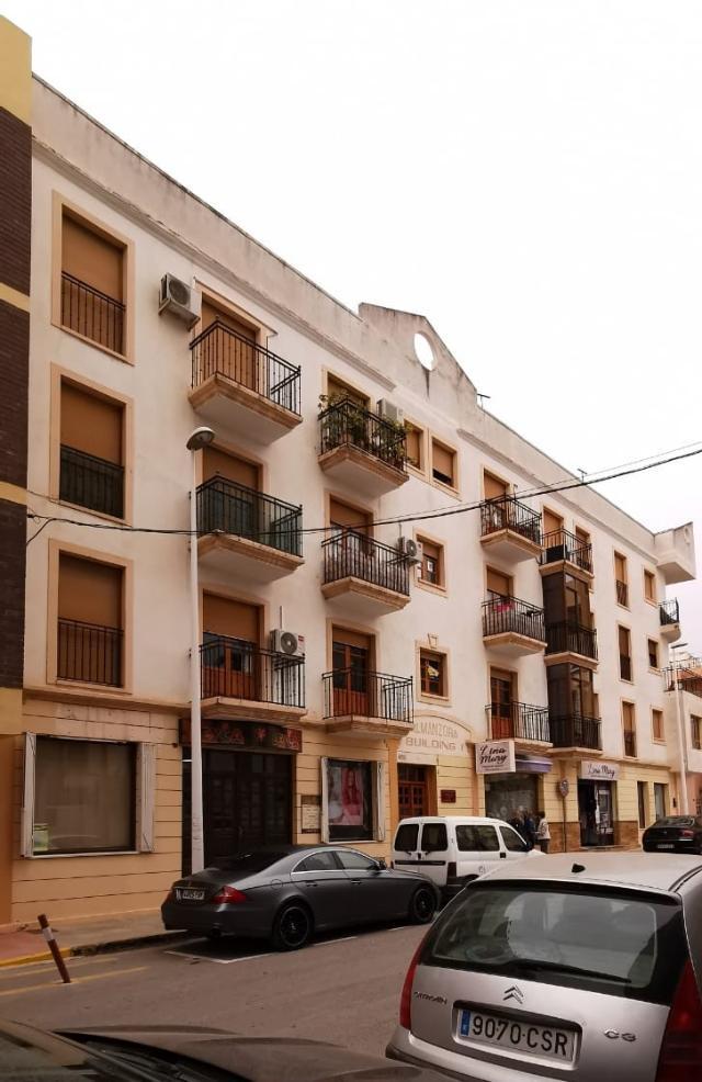 Piso en venta en Albox, Almería, Calle Embajador Inocencio Arias, 50.000 €, 3 habitaciones, 2 baños, 82 m2