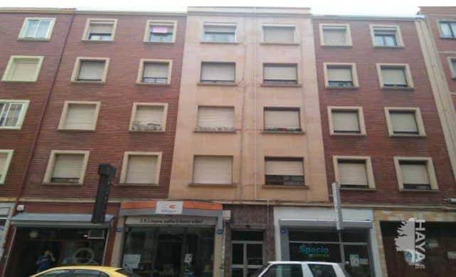 Piso en venta en Allende, Miranda de Ebro, Burgos, Calle Arenal, 57.000 €, 3 habitaciones, 1 baño, 73 m2