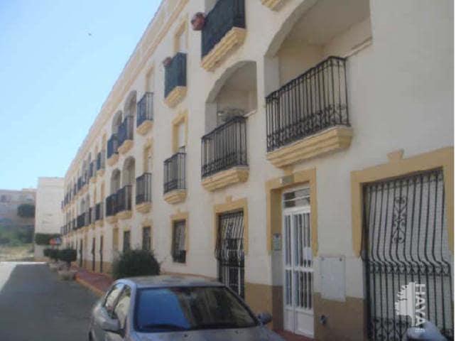 Piso en venta en Piso en Vera, Almería, 70.200 €, 3 habitaciones, 2 baños, 110 m2