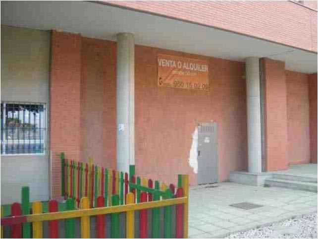 Local en venta en La Goleta, Almería, Almería, Calle Arbol del Amor, 191.000 €, 200 m2