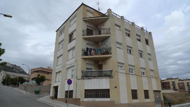 Piso en venta en Cal Palomes, Òdena, Barcelona, Avenida Estadi, 64.600 €, 4 habitaciones, 1 baño, 125 m2