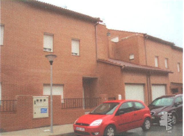 Casa en venta en Chozas de Canmales, Chozas de Canales, españa, Calle Bulgaria, 44.300 €, 3 habitaciones, 3 baños, 178 m2