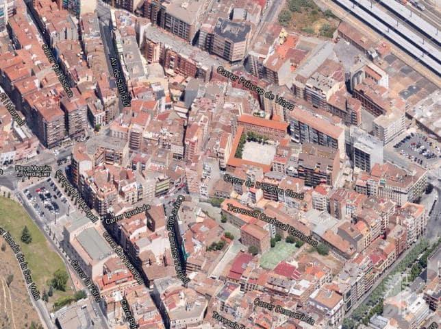 Piso en venta en Rambla de Ferran - Estació, Lleida, Lleida, Calle Anselm Clave, 44.600 €, 2 habitaciones, 1 baño, 90 m2