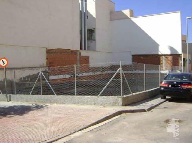 Suelo en venta en Almería, Almería, Calle Sierra de Serón, 77.168 €, 188 m2