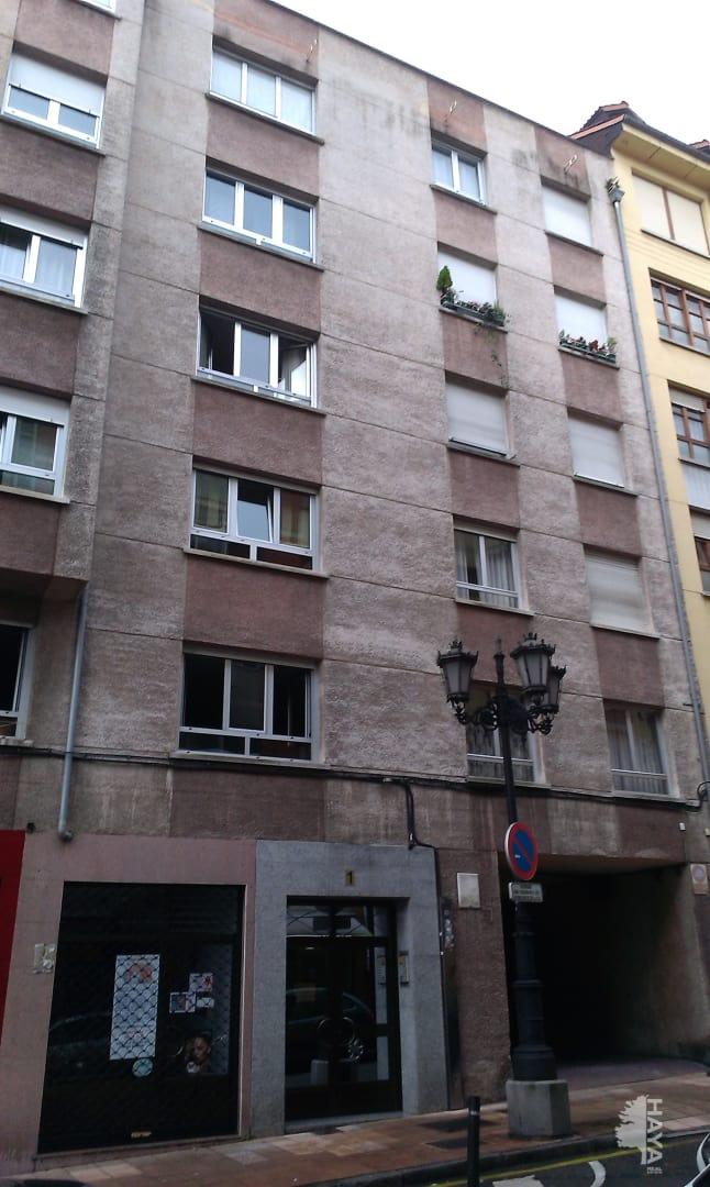 Piso en venta en Oviedo, Asturias, Calle Augusto Junquera, 500 €, 3 habitaciones, 1 baño, 56 m2