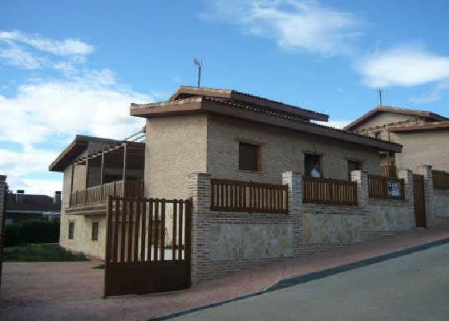 Casa en venta en El Coto, El Casar, Guadalajara, Calle Londres, 292.000 €, 442 m2