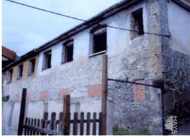 Casa en venta en Sama, Langreo, españa, Calle Colonia Joecara, 7.648 €, 3 habitaciones, 2 baños, 115 m2