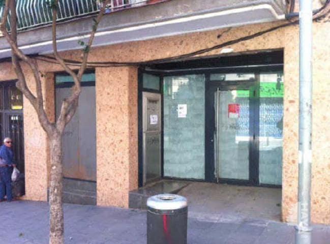Local en venta en Sant Antoni de Llefià, Badalona, Barcelona, Calle Perez Galdos, 153.800 €, 223 m2