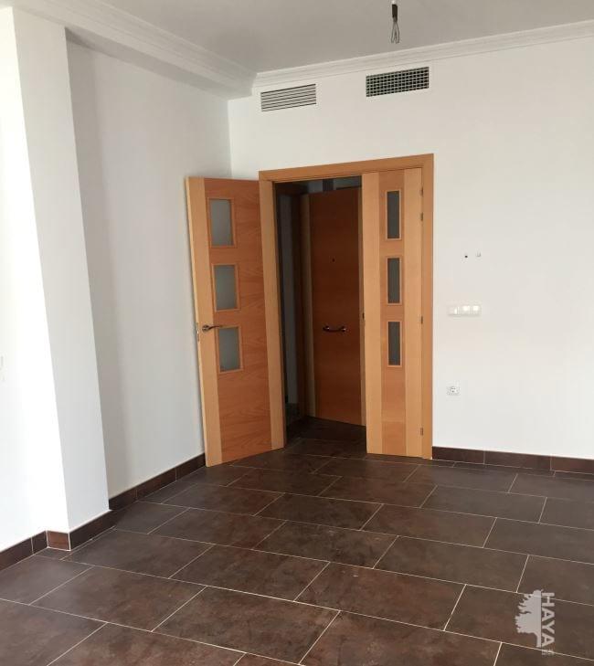 Piso en venta en Talavera la Real, Badajoz, Calle Jesus Delgado Valhondo, 86.000 €, 4 habitaciones, 1 baño, 122 m2
