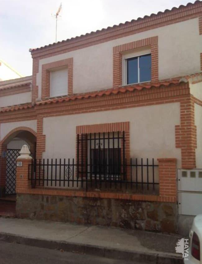 Casa en venta en Layos, Toledo, Calle San Eugenio, 91.981 €, 4 habitaciones, 2 baños, 76 m2