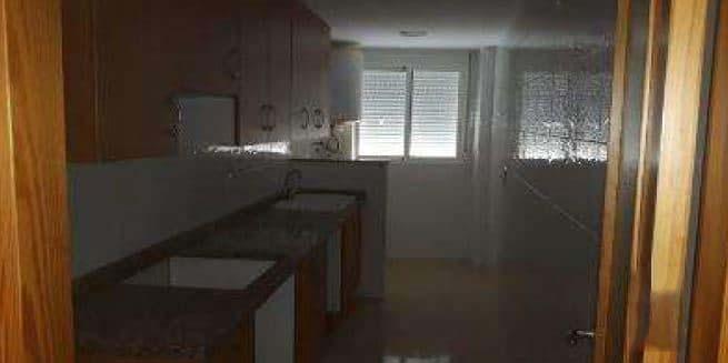 Piso en venta en Piso en L` Olleria, Valencia, 57.300 €, 3 habitaciones, 2 baños, 107 m2, Garaje