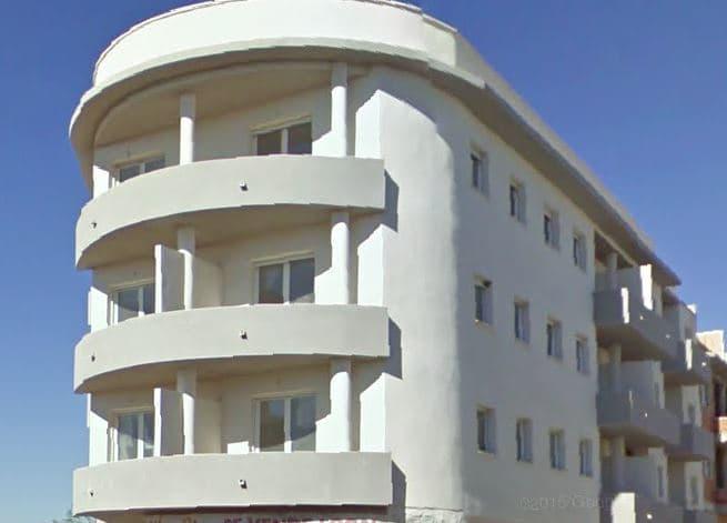 Piso en venta en Piso en Albox, Almería, 93.300 €, 3 habitaciones, 2 baños, 99 m2