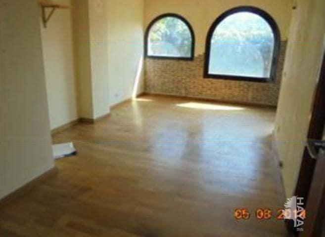 Piso en venta en Farreres-suanya-comtals-sta.caterina-l`oller-la Guia, Manresa, Barcelona, Calle Espígol, 65.100 €, 3 habitaciones, 1 baño, 76 m2