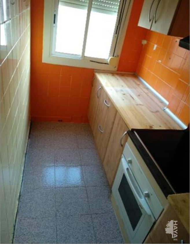 Piso en venta en Reus, Tarragona, Avenida Mossen Ramon Muntanyola, 38.000 €, 3 habitaciones, 1 baño, 73 m2